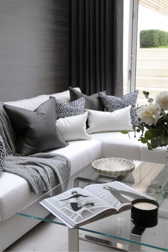 Mix and match with scatter cushions the volpes blog - Wandfarbe lounge ...